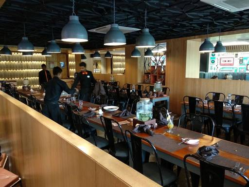 Photos of Retro Bistro The Fine Multi Cuisine Cafe And Bake\'s ...