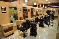 Store Images 1 of Perimeter Unisex Salon And Spa
