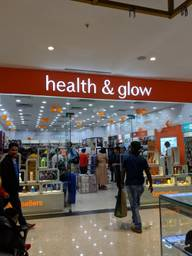 Store Images 3 of Health And Glow, Pheonix Marketcity