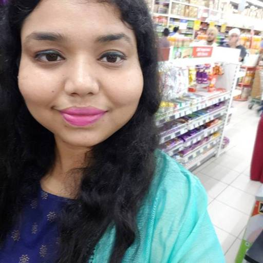 Nitika Bansal at Spar Hypermarket, Tagore Garden, New Delhi photos
