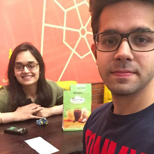Bhavey Kapoor at Chaayos, Connaught Place (CP),  photos