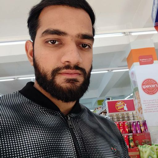 Arvind at Spencer's, Sector 51,  photos