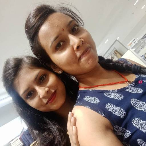 Parul Pal at Miniso, Sector 18,  photos