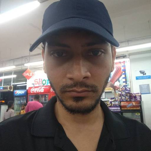 Gaurav Kumar at Vishal Mega Mart, Koramangala,  photos