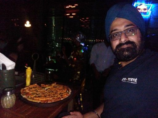 Amandeep Singh Narang at Molecule Air Bar, Sector 29, Gurgaon photos