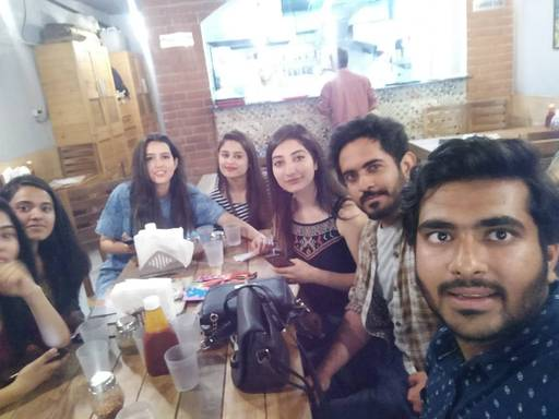 Vaibhav Singh at Midpoint Cafe, Sector 21,  photos