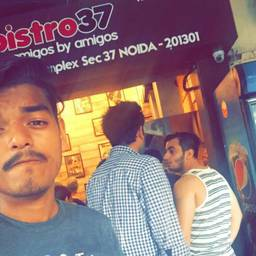 Yash Jeena @ Bistro 37, Sector 37, Noida photos