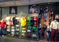 Store Images 1 of Mufti