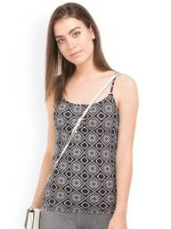 Store Images 6 of Aeropostale