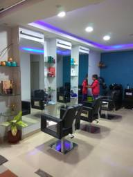 Store Images 1 of New Look Beauty Salon & Spa