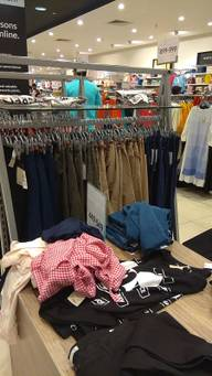 Store Images 5 of Max Fashion
